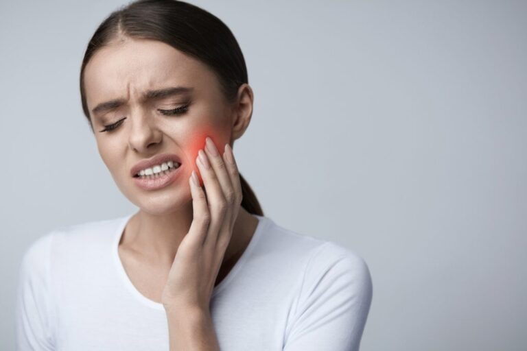 Causes and ways to get rid of a toothache at night ...